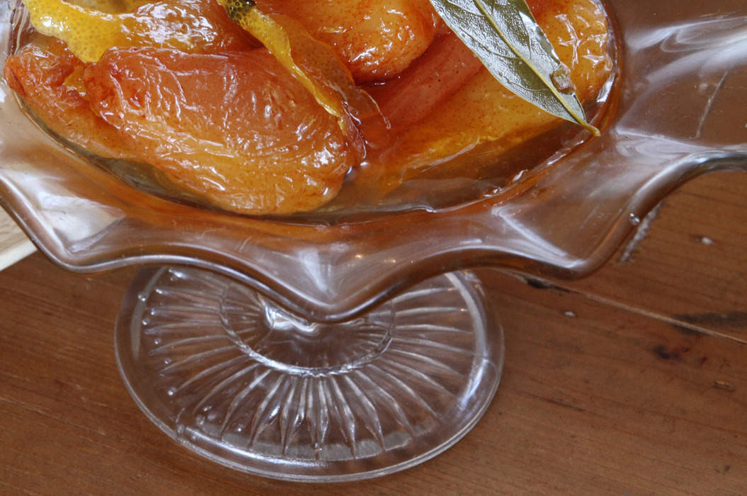 Dried_pears_poached_in_verjuice_misc_massive
