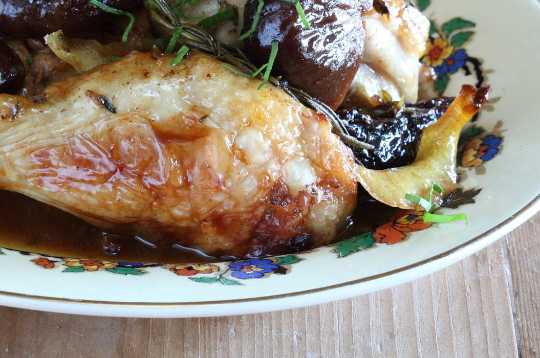Chicken_with_pickled_figs_lemon_and_rosemary_misc_massive