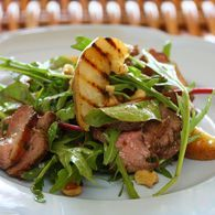 Duck_salad_with_grilled_pear_rocket_and_red_wine_vinaigrette_recipes_thumbnail