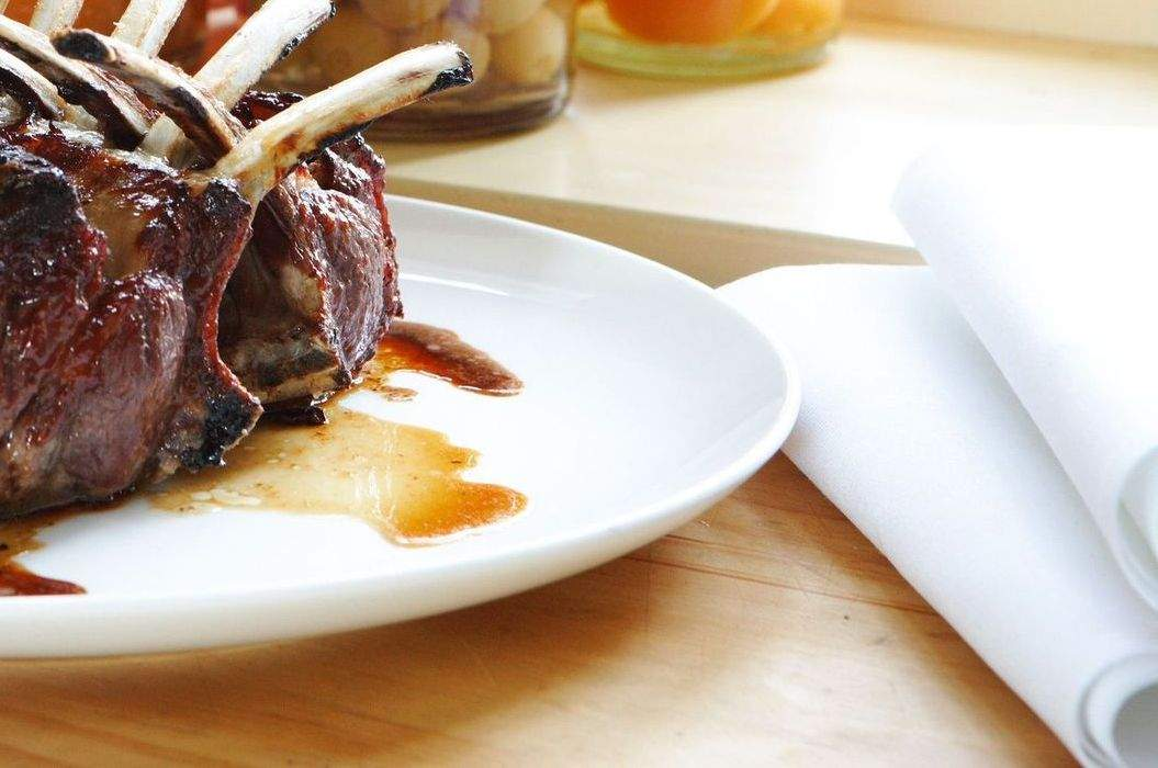 Rack_of_lamb_with_quince_glaze_misc_massive