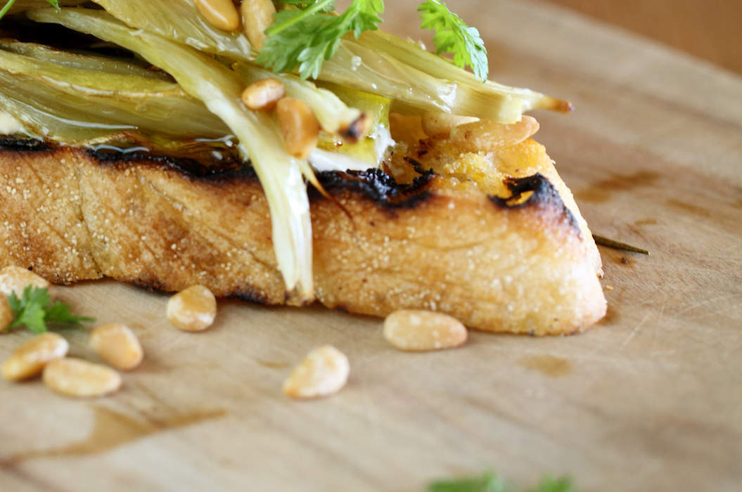 Fennel_and_verjuice_bruschetta_misc_massive