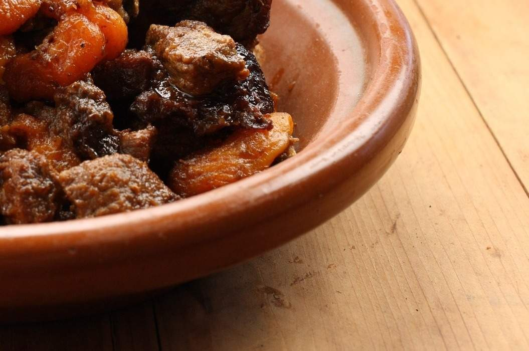Beef_tagine_spiced_pear_paste_misc_massive