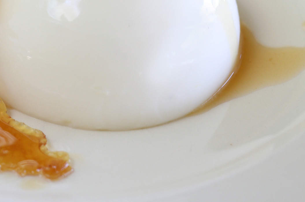 Buttermilk_panna_cotta_with_dried_pears_verjuice_and_cinnamon_misc_massive