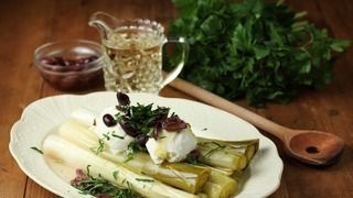 Leeks poached in Verjuice
