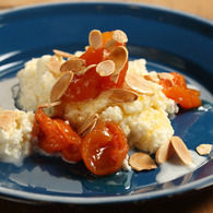 Approved_apricots_in_verjuice_syrup_with_warm_ricotta_1_recipes_thumbnail