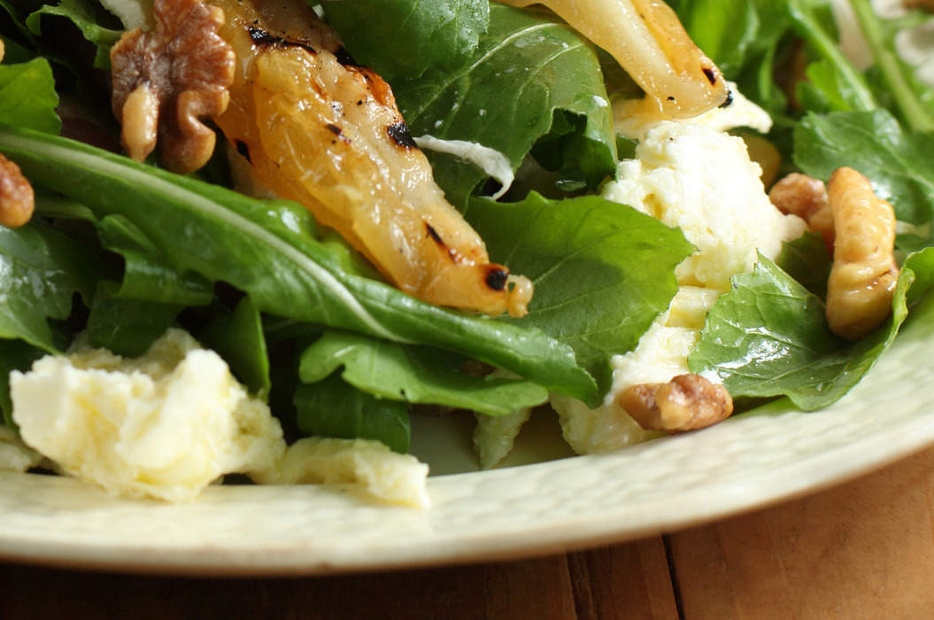 Approved_fior_di_latte_grilled_pear_rocket_salad_1_misc_massive