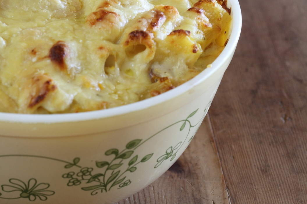 Macaroni_cheese_12_misc_massive