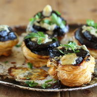 Approved_beetroot_and_gorgonzola_tartes_tatin_01_recipes_thumbnail