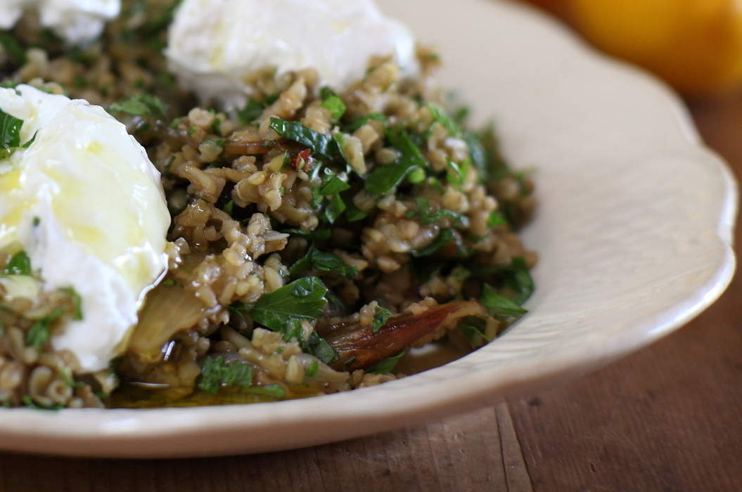 Warm_freekeh_with_preserved_lemons_02_misc_massive