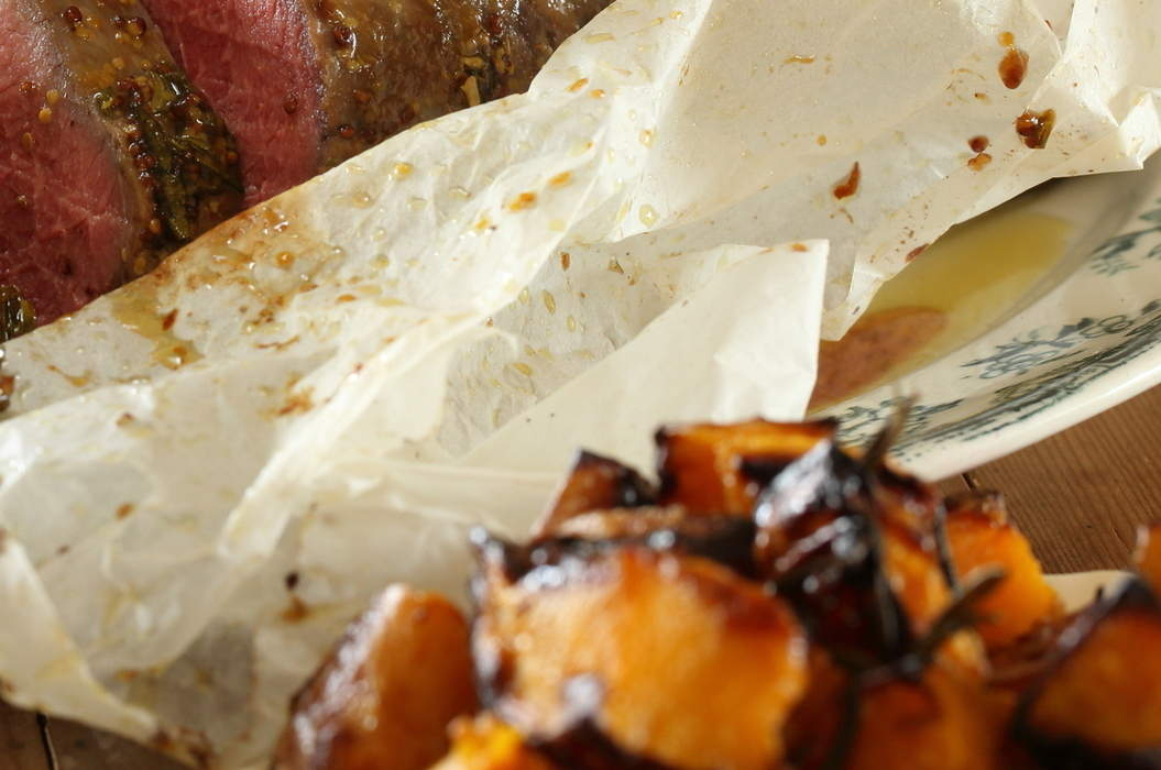 Slow_roasted_scotch_fillet_with_vino_cotto_and_rosemary_09_misc_massive