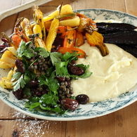 Mascarpone_white_polenta_with_heirloom_vegetables_and_caper_olive_salad_02_recipes_thumbnail