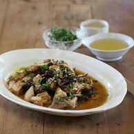 Chicken_thigh_pear_cider_prunes_and_fresh_herbs_3_recipes_thumbnail